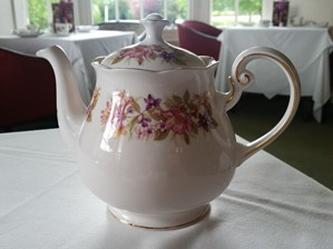 Teapot at Cleveland Tontine