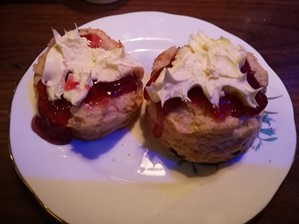 Scones at The Keys