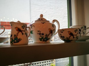 Teaset at Folly tearoom