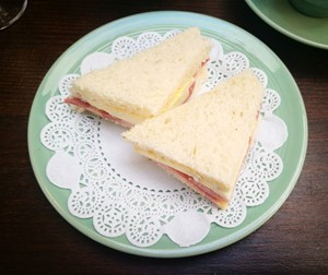 Brie and bacon sandwich